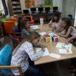 Różne zajęcia plastyczne w bibliotece