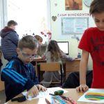 Pisanki malowane plasteliną
