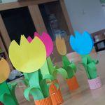 papierowe tulipany